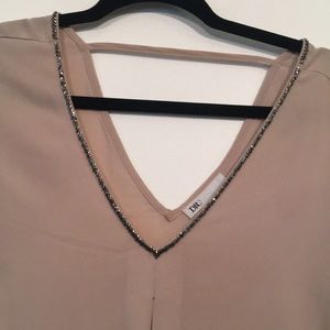 DR2 Tops - Dusty pink evening out v neck top with beading